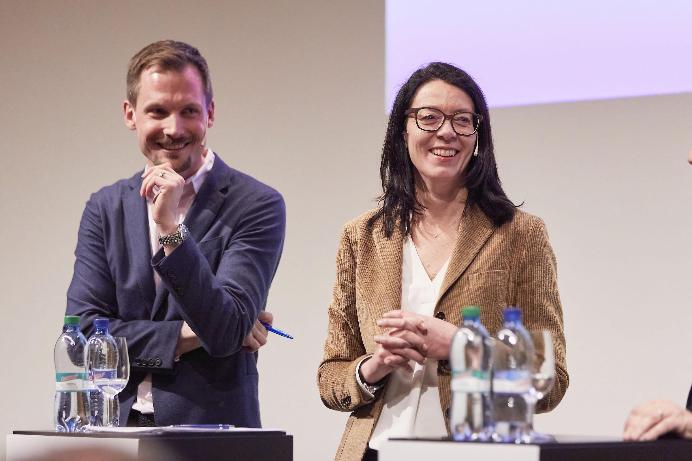 Jonas Projer und Nathalie Wappler am Communication Summit 2020.